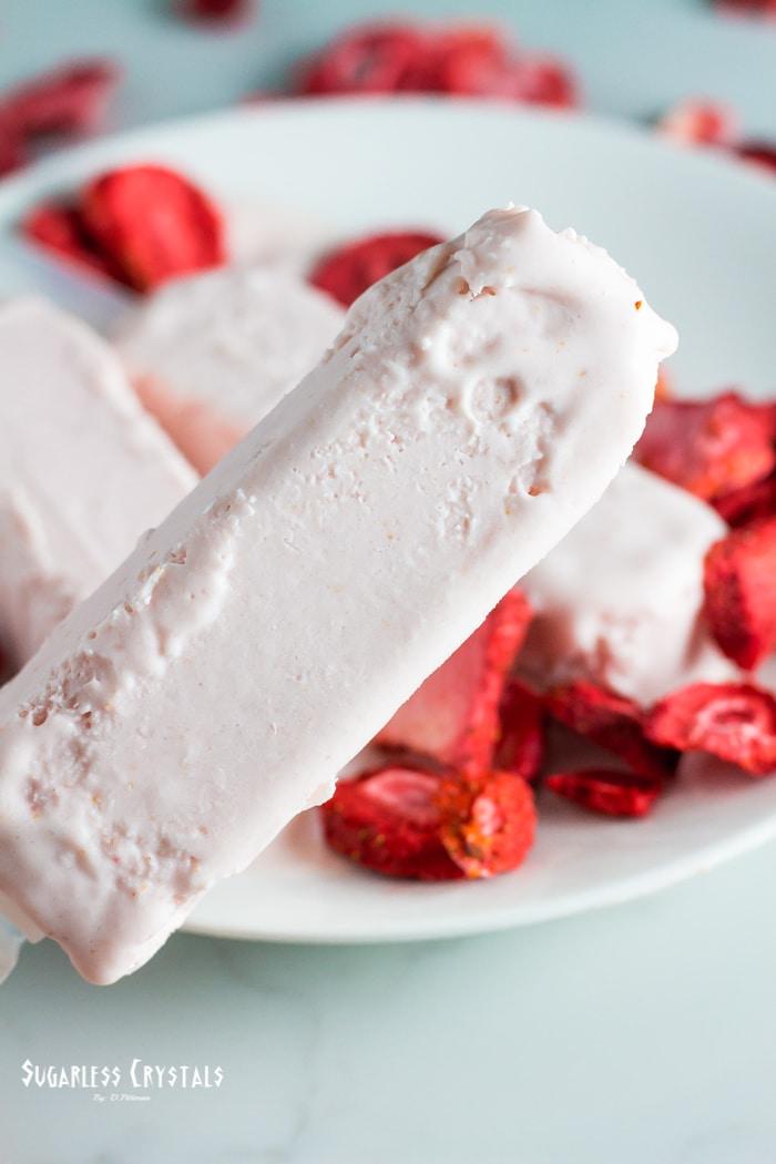 strawberry sugar free popsicles