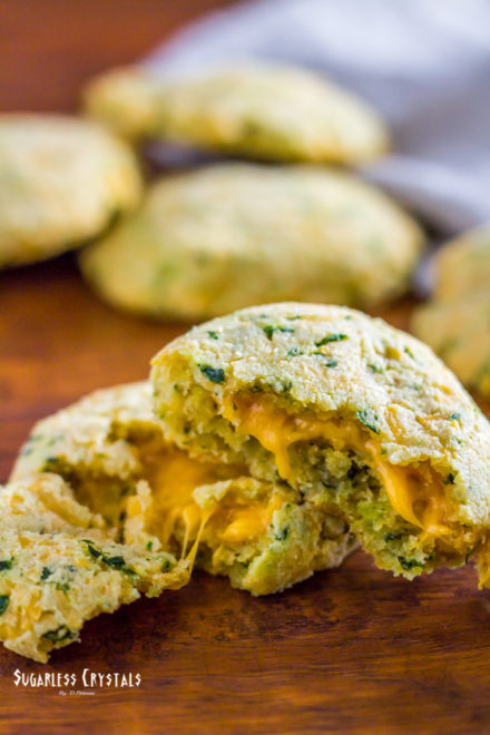 Low Carb Red Lobster Cheddar Bay Biscuits (Keto, Grain Free)