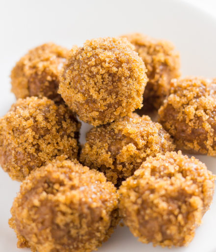 Chewy Keto Peanut Butter Balls