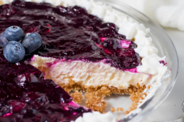 no bake keto blueberry cheesecake