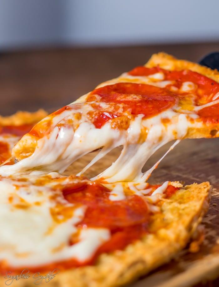 Keto chicken pizza crust